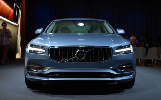 2017-volvo-s90-reveal-ext03-1